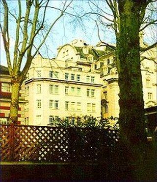 Piccadilly, Mayfair, Mayfair, W1J 0DW