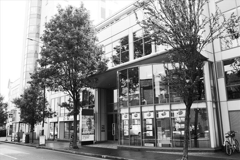 Mortlake High Street, South West London, South West London, SW14 8JN