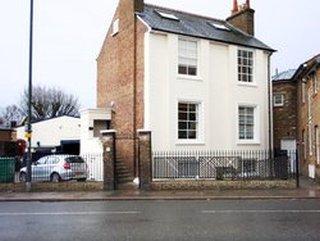 West End House, South West London, South West London, SW14 7EZ