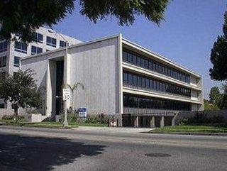Los Robles Avenue, Pasadena, 91101-2824