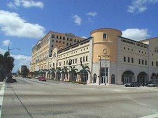 Ponce de Leon Boulevard, Coral Gables, Coral Gables, 33146-1432