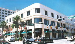 Clematis Street, 33401-4609