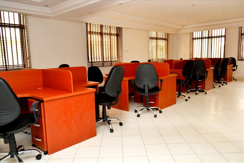 Kumasi Crescent, 900001